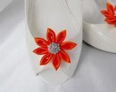 Handmade flower shoe clips with rhinestone center bridal shoe clips wedding accessories in orange