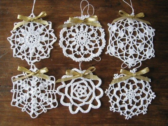 6 Different Crochet Snowflake Ornaments White Wall Hanging Home Decor Modern Wall Art Christmas Decorations
