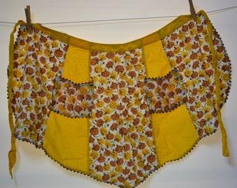 Vintage Apron - Handmade - Pockets