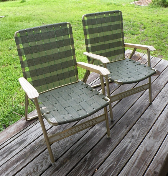 Pair of Vintage Green Webbed Aluminum Lawn Chairs Patio Outdoor