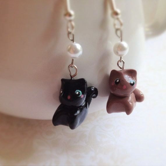 Brown & Black Kitten Earrings. Miniature Cat. Kawaii. Cute. Polymer Clay. Hand-Sculpted. Hand-Painted. Pearl. Dangle Earrings. Whimsical.