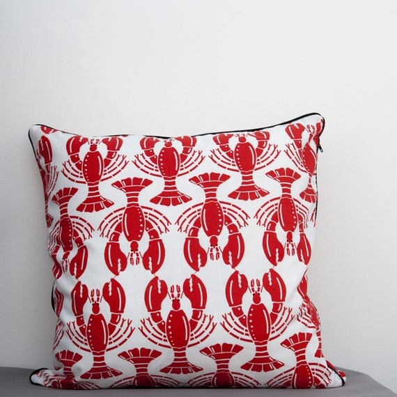 Pillow with lobster pattern red and white  in 16 x 16 inch