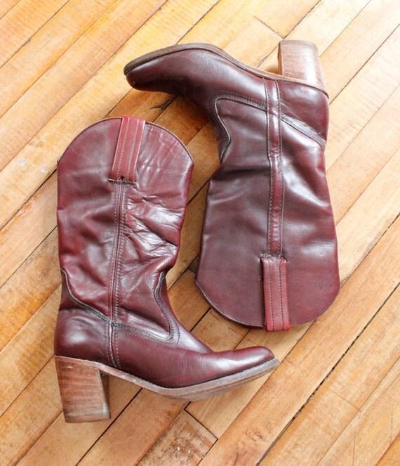 1970s Vintage Burgundy Dark Brown Leather Boots Size 7.5