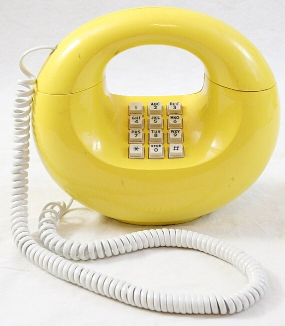 Western Electric Sculptura Donut Phone Yellow Touch Tone