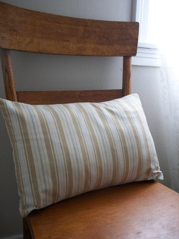 honey in my tea ... linen blend pillow cover ... 12 x 18 small lumbar
