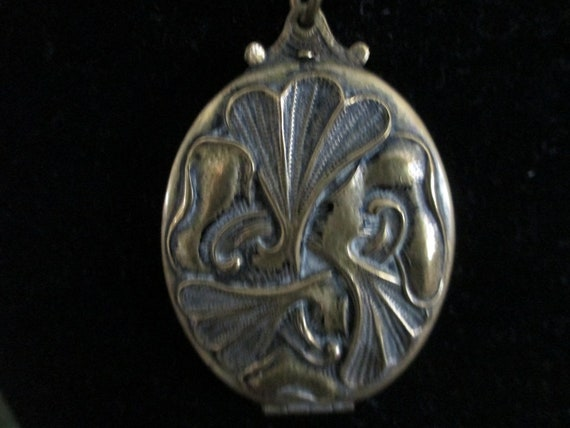 Large Early 1900s Art Deco Sculpted Locket with Long Thick Gold Fill Chain