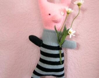Stuffed Pig, animal, glove animal, doll, soft wall sculpture, daisy, flowers, OOAK