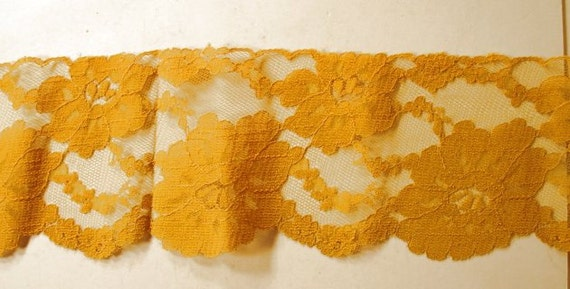 Light Gold Color Floral Design Trim Lace  2 Yards and 27 Inches
