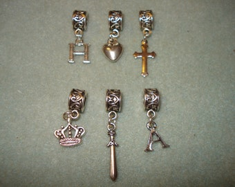 Henry VIII and Anne Boleyn Story Slider Bail Charms