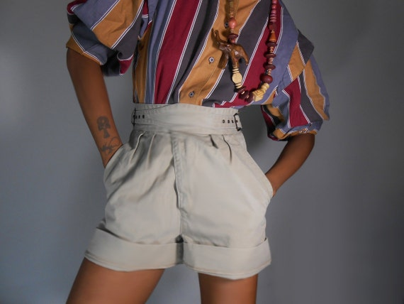 90's Woolrich Shorts High Waisted Cross Strap Side Buckles
