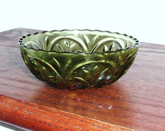 "4 1/2"" ANCHOR HOCKING CAMEO Star Dessert Sauce Berry Fruit Bowl Green Excellent Condition"