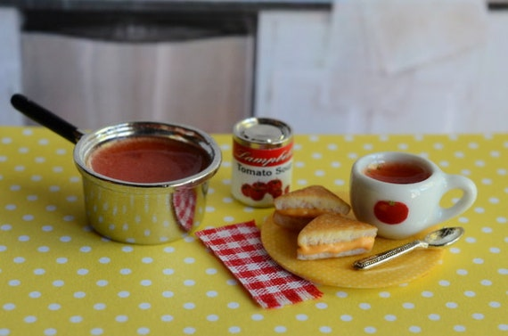 Miniature Tomato Soup and Grilled Cheese Sandwich