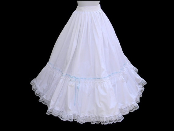 Victorian Parasols Custom Size Petticoat White Civil War Victorian Wedding Bridal $185.00 AT vintagedancer.com