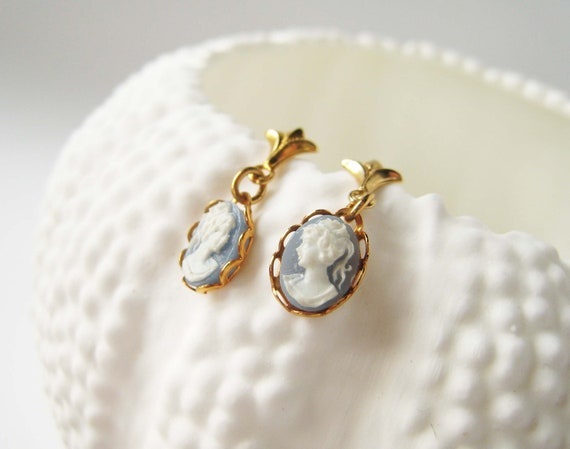 Vintage Wedgewood Blue Cameo Earrings