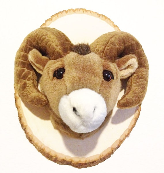items similar to stuffed animal trophy head mount bighorn sheep ram on etsy. Black Bedroom Furniture Sets. Home Design Ideas
