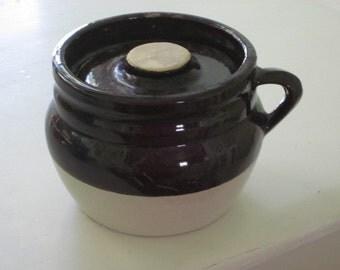 Antique Primitive 2 Tone Brown Stoneware Bean Pot Crock Recessed Lid