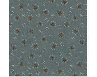 SALE / Christmastime / Stars dots circles / Blue / Henry Glass / fat quarter