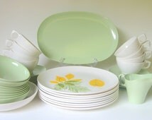 """Holiday Sale - NEW Boontonware """"Somerset"""" Melamine Dinnerware, 44-Pieces with Serving Dishes, Melmac Spring Mint Green Yellow"""