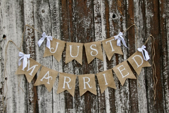 JUST MARRIED Burlap banner  - Wedding Banner - Photography shoot - Wedding reception