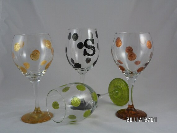 Items similar to monogramable hand painted wine glasses for Painted wine glasses with initials
