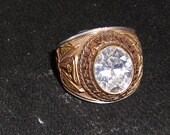 United States Army Ring.....White Faceted Stone...Size 8...Goldtone....Vintage....