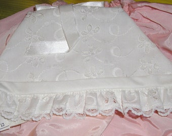 Vintage Baby Bonnet....White Eyelet Christening Bonnet ...Neiman Marcus .... Bonnets for Beautiful Babies ...M2