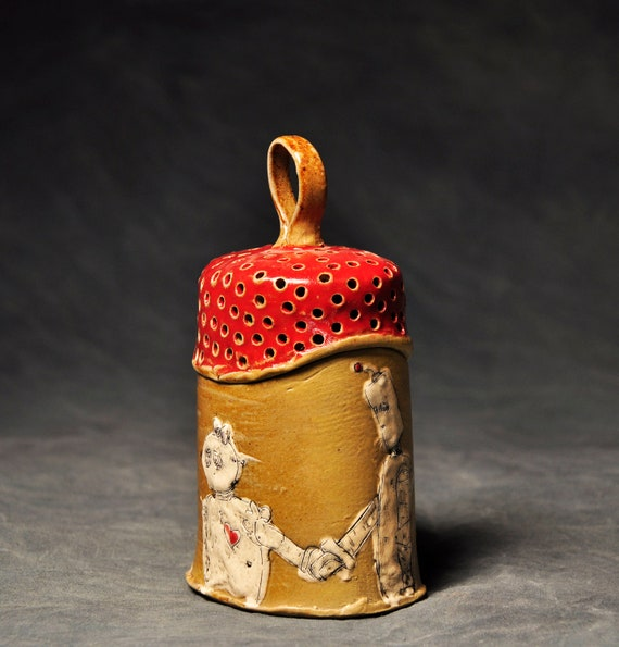 Robot Jar with Red Rattle Lid