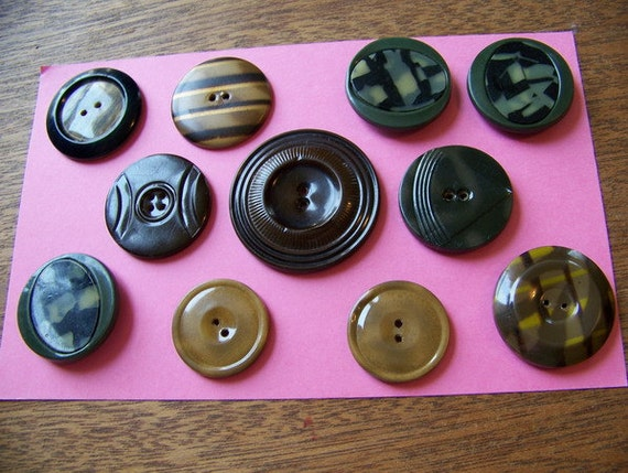 Lot of 11 BIG Vintage Celluloid Tight Top Buttons