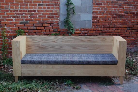 Minimalist's Bench