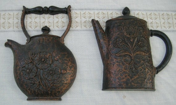 Vintage Coffee and Tea Pot Plaques -- Homco 1972