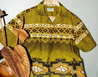 "Fabulous ""Malihini Hawaii"" Aloha shirt from the 1960's."