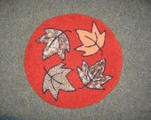13 inch Maple Leaf Traditional Rug Hooking Pattern