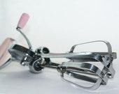 Vintage Retro Flint Best Pink 50's Kitchen Hand Mixer Egg Beater Stainless Steel Silver