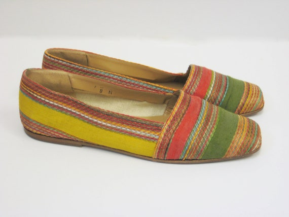 Multicolored Vintage Fabric Loafers, size 8