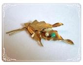 Gold Leaf Brooch - Green & Pearl Berries 1140ge01002011