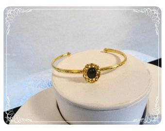 Dainty Sweet Bracelet Goldtone w Dark Green Rhinestone   1198ag-40510000