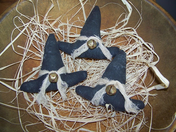 Set of 3 Primitive Grungy Witch Hat Bowl Fillers/Tucks
