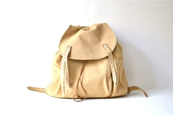 Vintage backpack bag leather suede beige nude fashion accessories 80s