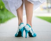 BLOWOUT SALE. Wedding Shoes - Blue Wedding Shoes, Wedding Heels with Ivory Lace. US Size 7