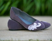 Grey Flats, Charcoal Grey Ballet Flat with White Lace. US Size 7