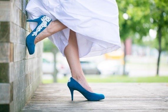 Wedding Shoes - Teal Blue Wedding Shoes, Teal Heel with Ivory Lace. US Size 8.5