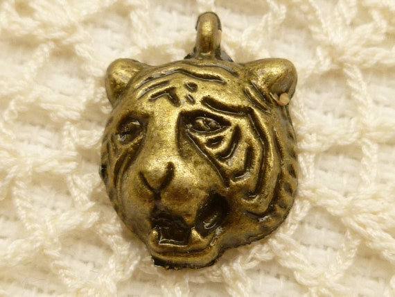 Bronze Tone Tiger Head Charm, Pendant (6) - A13