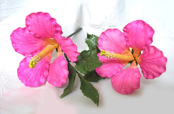 PASSION PINK HIBISCUS Gum Paste Flowers / Hand Painted / Edible Cake Topper and Cupcake Decorations