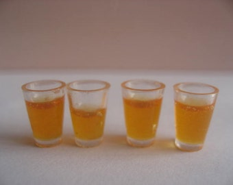 Dollhouse Miniature orange juice 4 Cups