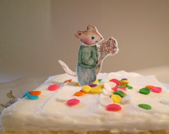 Country Mouse cup cake topper