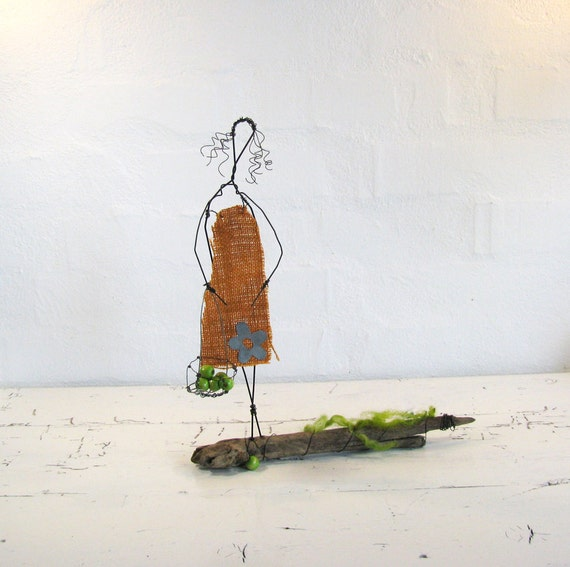 ON SALE Wire Sculpture Eve. Folk Art Sculpture. Original Wire Art. One of a Kind. Mixed Media Wire Art.