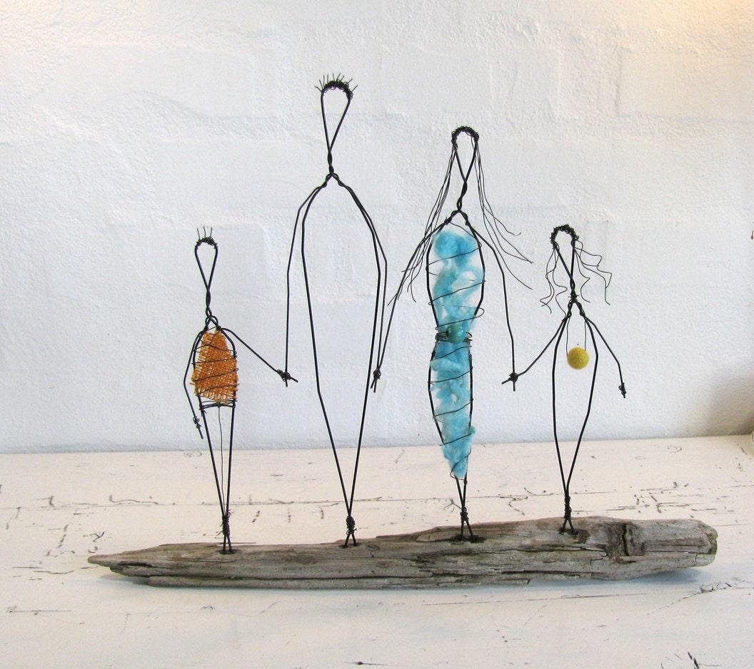 Wire sculpture family love folk art series mixed media - Eltern weihnachtsgeschenke ...