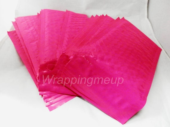 25 Pack  Hot Pink 4x8 pink Bubble Mailers, Padded envelopes,Fluorescent Pink Mailing Neon Pink Shipping Envelopes