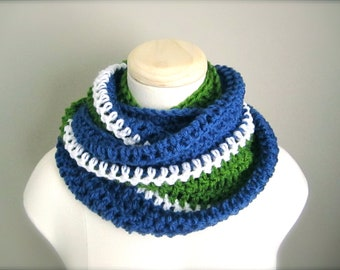 Crochet Blue, White, and Green, NHL, Hockey Football Soccer, Vancouver Canucks Team Infinity Scarf, Men's Scarf, Unisex Scarf