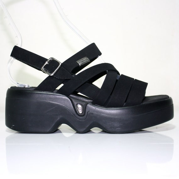 Vintage 90's Black Strappy Gladiator Sandal Wedge / Grunge Chunky Shoe / Size US 8 UK 5.5 EUR 38.5